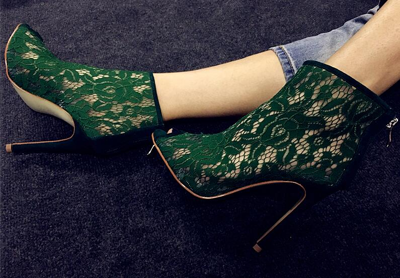 ФОТО New fashion sexy peep toe woman boots summer green lace embroidery high heel boots 2017 super high ankle boots gladiator boots