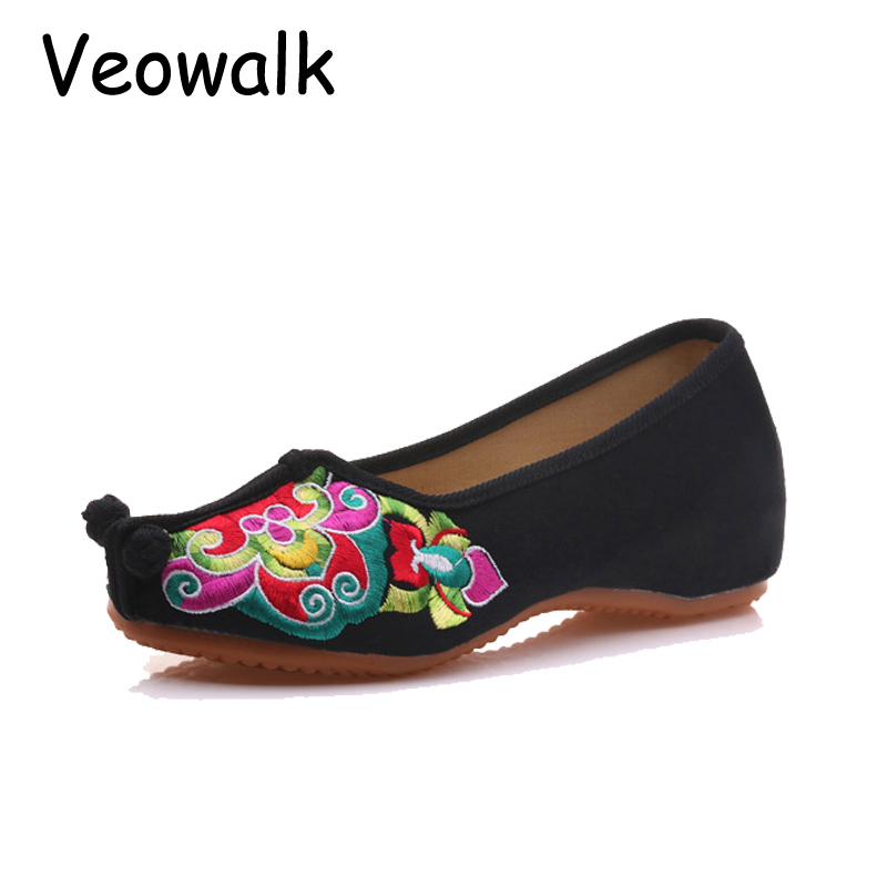 Veowalk Big Size 41 Chinese Tradition Opera Embroidery Women's Flats Old Beijing Soft Sole Ladies Casual Breathable Cloth Shoes old beijing peacock s tail floral canvas flats blue red chinese national comfortable soft sole embroidery cloth dance shoes