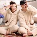Пижамы женские коралловые бархат мультфильм корова pattern пижамы фланелевые капюшоном женщины главная одежда Пара Пижамы устанавливает Размер M-XXL