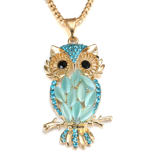 MODKISR Hollow Golden Zircon Lady pendant Box Owl Aromatherapy Locket Essential Oil Diffuser Magnetic Opening Necklace Jewelery