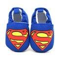 2016 Super man Spider man Dos Desenhos Animados Primeiros Caminhantes Sapatos Para Menina & Menino Criança Meninos Sapatilhas Botinhas de Recém-nascidos do bebê Aniversário presente