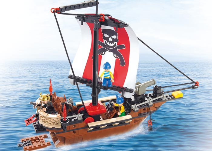 0279 sluban Compatible Caribbean Pirates Ship Boat with Three figureset Building Blocks Children Toys