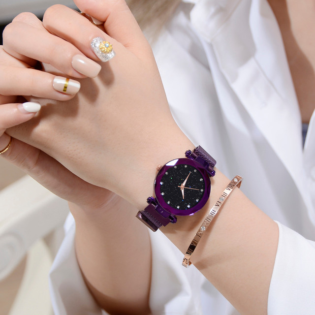 Luxury Diamond Women Watches Fashion Ladies Starry Sky Magnetic Watch Casual Mes