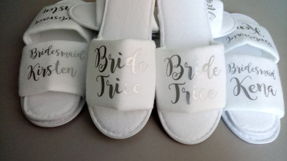 personalized Wedding Bridesmaid maid of honor Bride tribe Slippers Hens  Night Bachelorette Spa Slippers party favors gifts 932c31174c2c