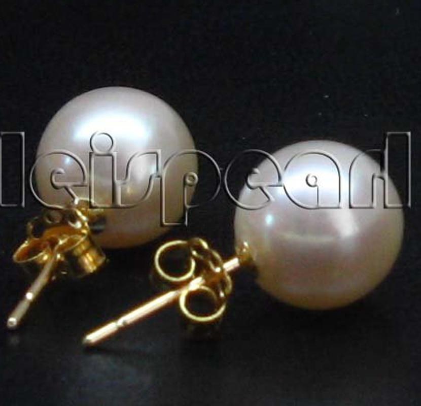 Gold AAA 9mm round white freshwater pearl earring studs недорго, оригинальная цена