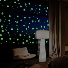 [Fundecor] DIY luminous Christmas snowflake wall stickers for kids rooms indoor window decoration art decals glow in the dark