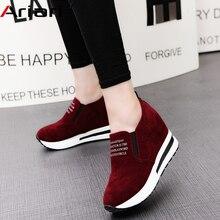 2019 قطيع عالية الكعب سيدة حذاء كاجوال أسافين النساء أحذية رياضية الترفيه أحذية منصة تنفس زيادة الانزلاق على الأحذية