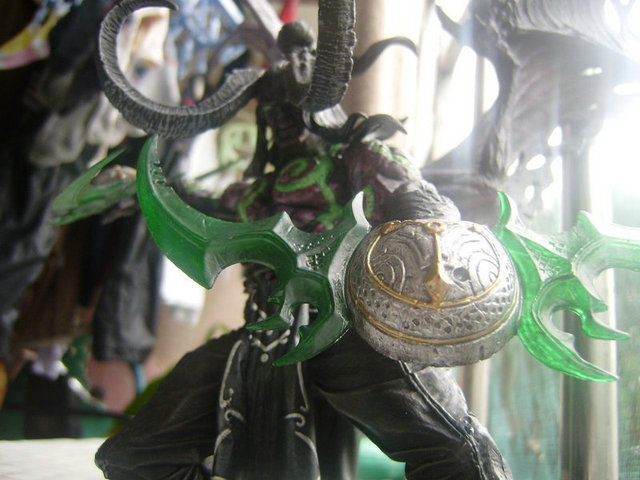 Game Wow Demon Hunter illidan Stormrage PVC Action Figure Toys 3