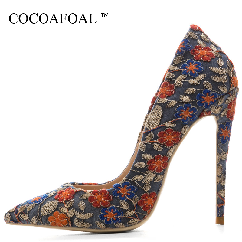 COCOAFOAL Woman Embroider High Heels Shoes Stiletto Plus Size 33 43 44 45 Blue Wedding Pumps Party Sexy Valentine Shoes Scarpe cocoafoal woman green party wedding pumps stiletto plus size 33 43 44 high heels shoes blue sexy pointed toe valentine shoes