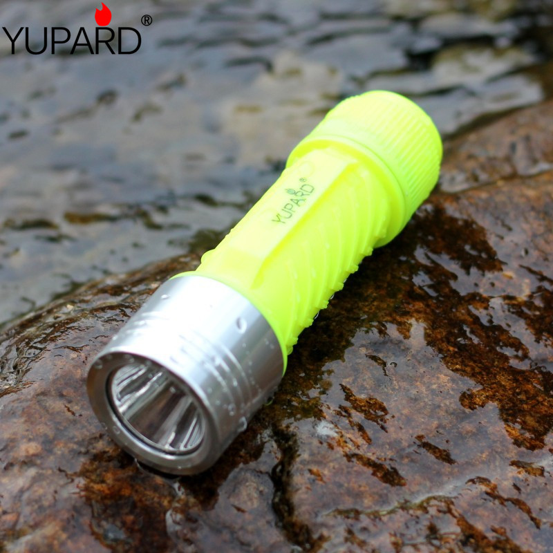yupard XM-L2 LED flashlight waterproof T6 LED yellow light Underwater diving lantern diver torch 26650/18650/AAA 80m yupard xm l t6 led yellow light torch flashlight diving lamp diver lantern underwater waterproof 26650 18650 battery