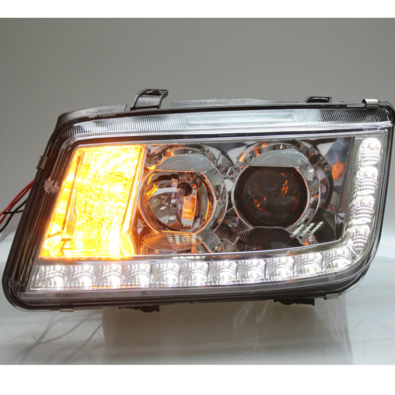 Headlights for Volkswagen Bora 2002-2007 with Xenon Projectors Angel Eyes DRL Bar Assembly