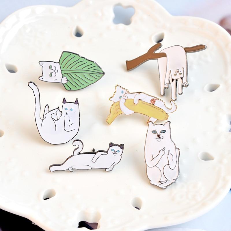 6 stks / set Witte Kat op Bladeren Takken Banaan Broche Pins Cartoon - Mode-sieraden - Foto 6