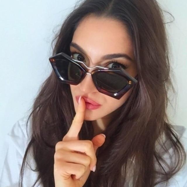 c0cdc08f95 Geométrica Doble Puente Mujeres XL Tamaño Gafas de Sol Gafas de Lentes de  Espejo Estilo 97223