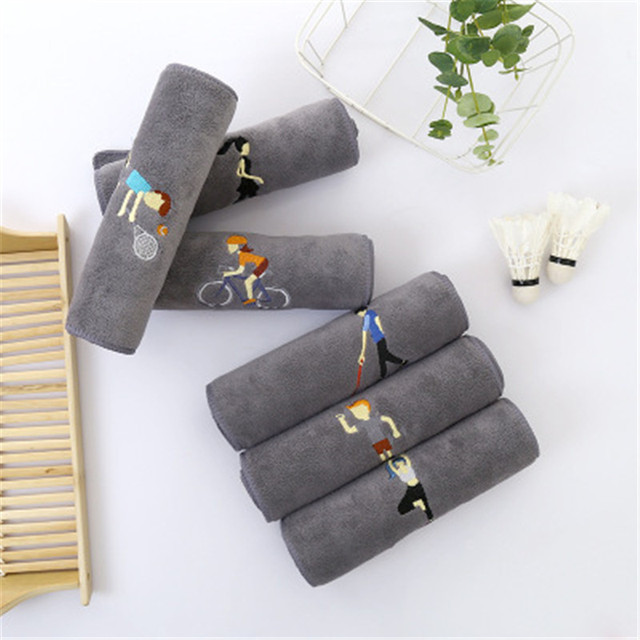 Gray Embroidery Sports Towel Fitness Absorbent Bath Towel Outdoor Fashion Microfiber Quick-Drying Beach Towels Adult Movement