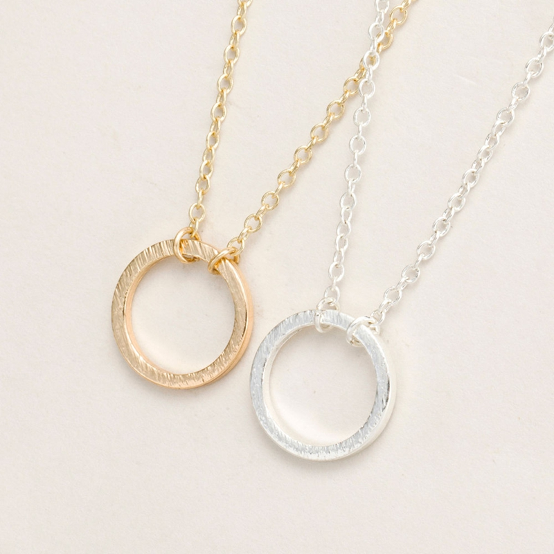 30Pcs/lot Wholesale New Fashion Forever Lover Circle Pendant Necklace for Women Gold Color Round Necklace for Couple Jewelry
