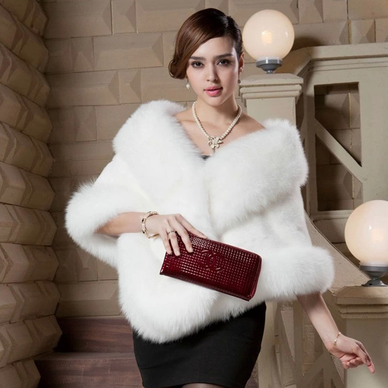 Women's Bat Sleeve Faux Fur Gilet Rabbit Fur Cape Cloak Women Mink Fur Poncho Vogue Fox Fur Coat Vest Bridal Wedding Dress Shawl