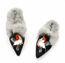 Women Embroidery Real Fur Mules Suede Rhinestone Pointed Flat Shoes Rabbit Hair Slippers Furry Slipony Winter Designer Slides