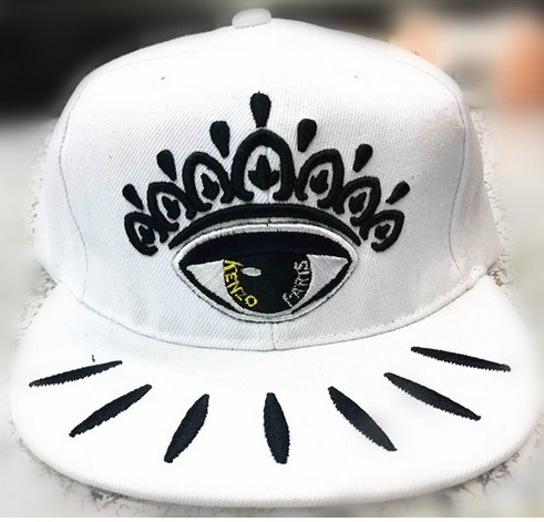 155ca8b4 US $9.99 |3 COLORS eyes hip hop flat caps snapback printing embroidery  brand designer rap street dace-in Men's Baseball Caps from Apparel  Accessories ...