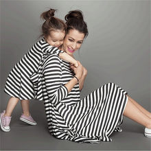 LILIGIRL-ropa a juego de Navidad para madre e hija, vestido a rayas con bolsillos, color blanco y negro