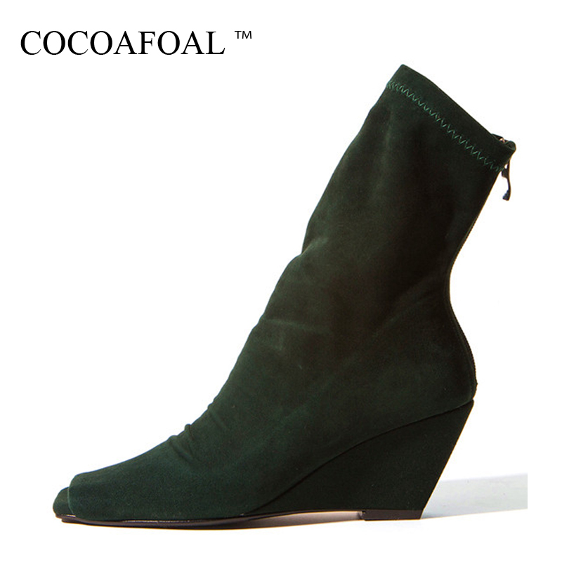 Фотография COCOAFOAL Woman Peep Toe Ankle Boots Autumn Winter Fashion Sexy 8 CM High Heel Shoes Green Faux Suede Wedges Chelsea Boots 2018