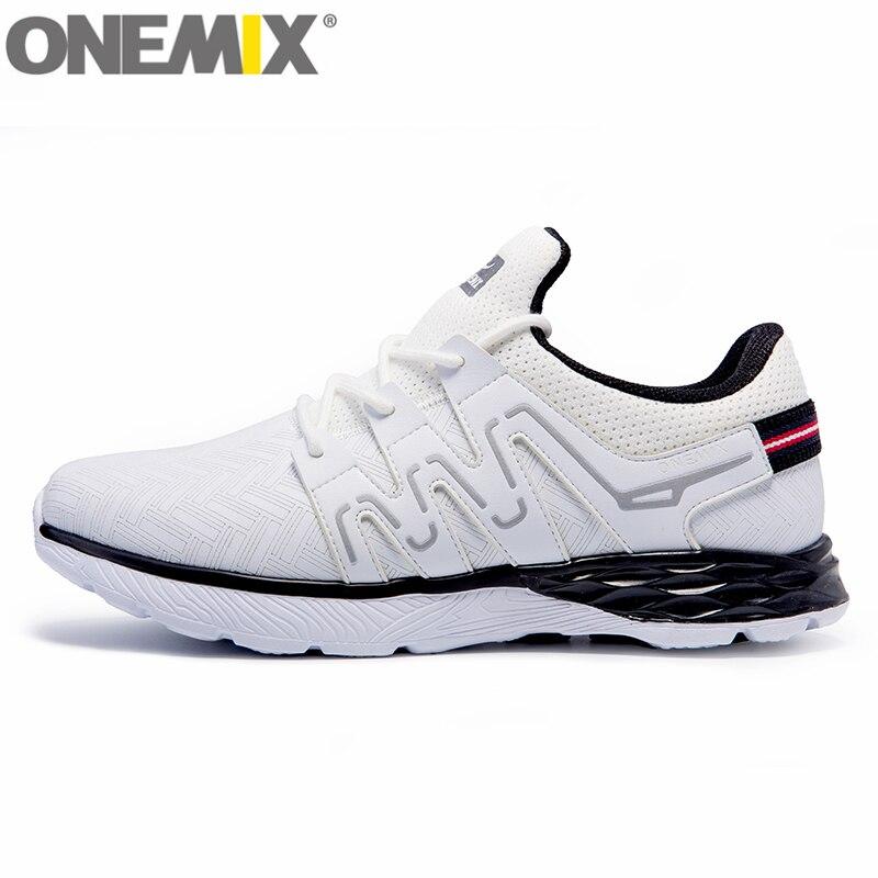 ONEMIX Hommes Chaussures de Course Athletic Trainers Femmes Blanc Noir Zapatillas Sport Chaussures Coussin de Marche En Plein Air Baskets