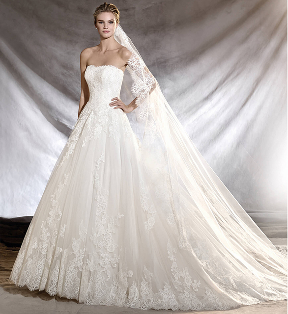 Gorgeous Sheer strapless Tulle Wedding Dresses 2016 Puffy Applique ...