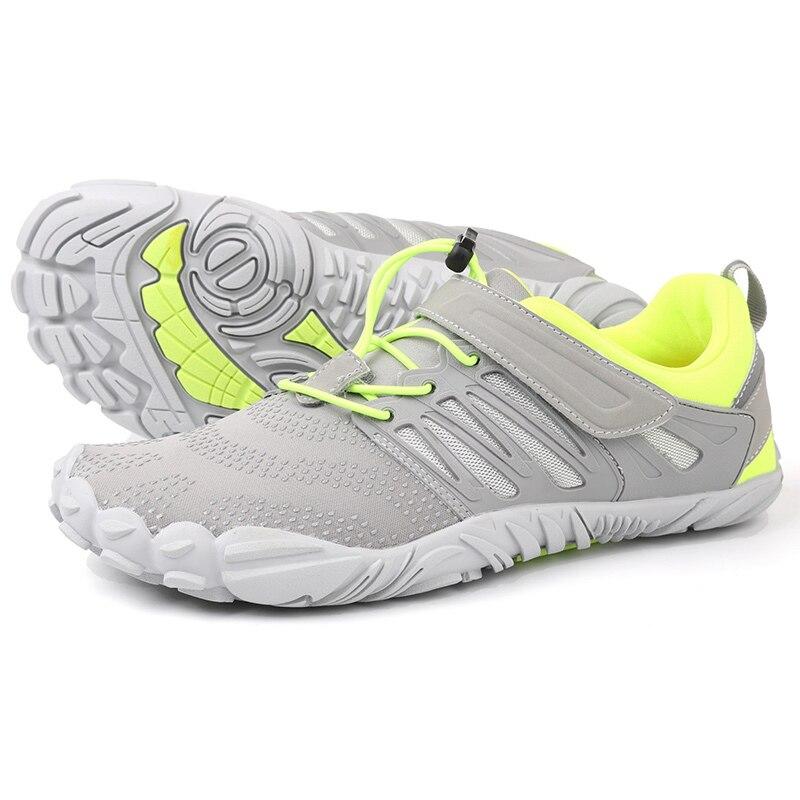 Spor ve Eğlence'ten Dağ Yürüyüşü Ayak.'de 2019 Sıcak Satış Yaz Açık Erkekler yürüyüş ayakkabıları Dağ Ayakkabı Yeni trekking ayakkabıları Kadın Sığ Hızlı Kuru Nefes Yukarı Ayakkabı title=