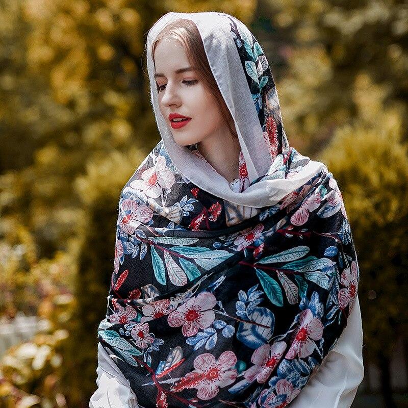 UACY Femmes Châles Coton Lin Écharpe Wraps Rétro Style Ethnique 2018  Nouvelle Longue Printemps Été Plage Scarve hijab écharpe c79d27b050a