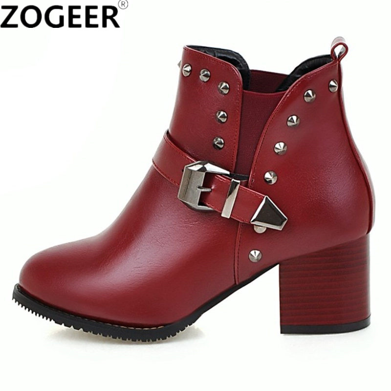 Plus size 48 Boots Woman 2018 European Fashion Buckle Rivets Women Ankle Boots Casual Thick Medium Heels Ladies PU Leather Shoes