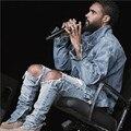 Kpop тощий ripped корейской Хип-Хоп Мода Брюки прохладный Мужская городской Одежды комбинезон мужские джинсы kanye west slp страх бог