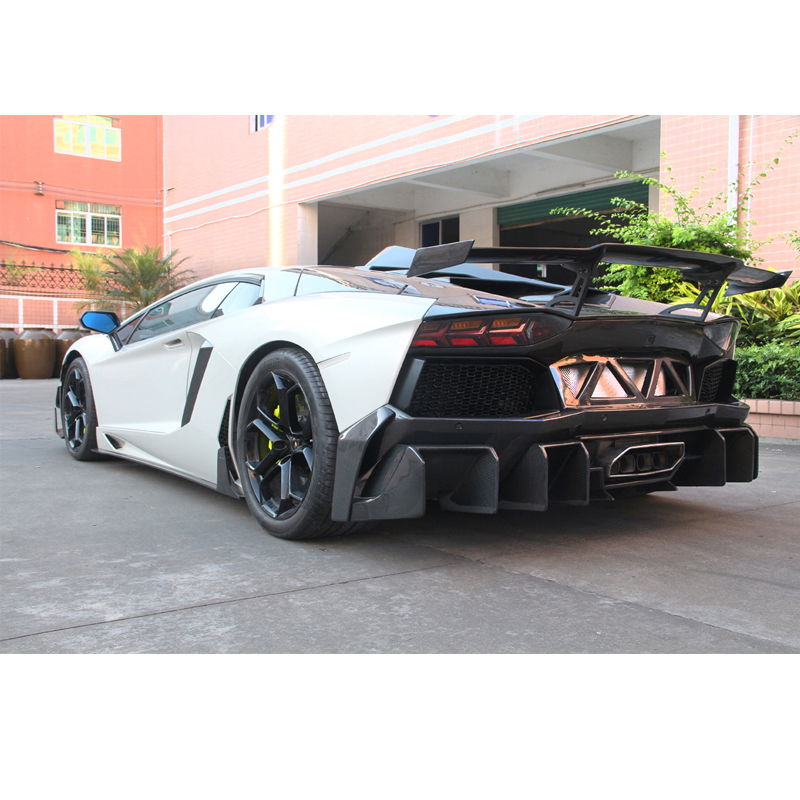 Auto Replacement Parts Carbon Fiber Rear Bumper Lip Spoiler Diffuser Case For Lamborghini Aventador Lp700 Lp700-4 Roadster Pirelli 10-16 D Style Exterior Parts