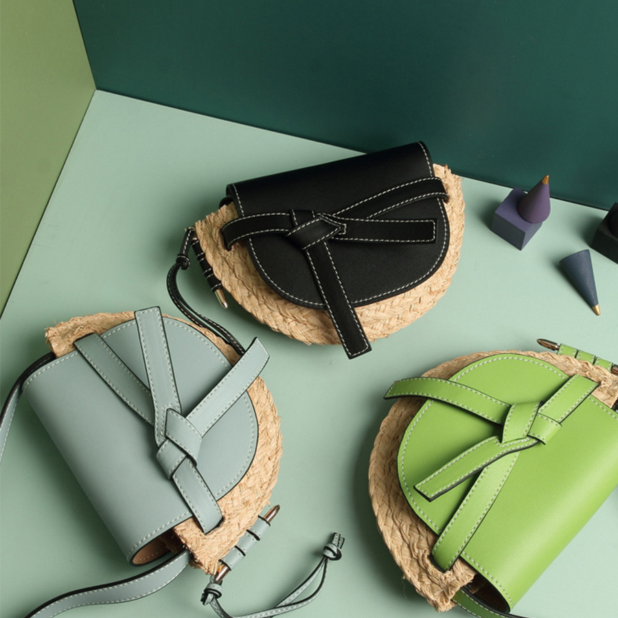 Retro Beach Straw Saddle Bags Women High Quality Cowhide Bow Shoulder Messenger Bags Lady Fashion Contrast Color Grass Weave BagRetro Beach Straw Saddle Bags Women High Quality Cowhide Bow Shoulder Messenger Bags Lady Fashion Contrast Color Grass Weave Bag