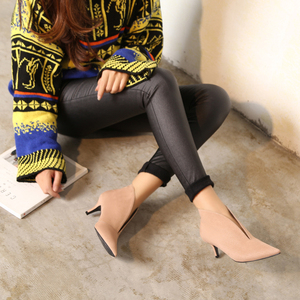 Image 4 - XGRAVITY European Sexy Point Toe Girl Thin Heel Woman Shoes Deep V Design Lady Fashion Shoes Elegant European Women Boots A059