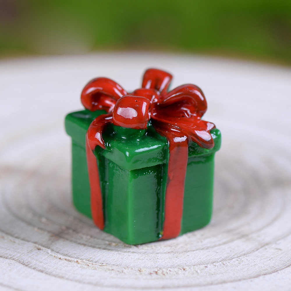 1PC Caixa de Presente Bonecos de Papai Noel Árvore De Natal Em Miniatura Terrário Acessórios De Fadas Jardim Figurinhas Enfeites de Boneca Dos Desenhos Animados