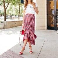 2018 Verão Mulheres Bloco de Cor Xadrez Maxi Saia Branca Vermelha Caráter Arrojado Streetwear Grandes Babados Saias Das Senhoras Femme Fundo