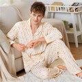 Larga sección de grueso camisón de franela invierno hombre de terciopelo de coral albornoz otoño chándal pijamas