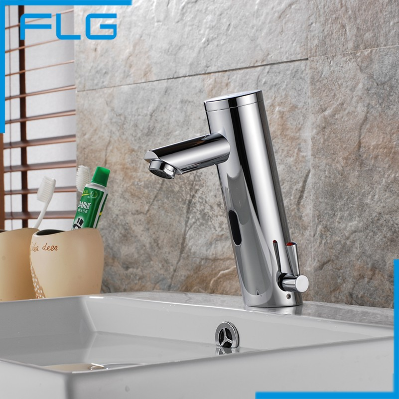 Design Hot And Cold Automatic Hands Touch Free Sensor Faucet Bathroom Sink Tap Bathroom faucet Brass Material Mixer