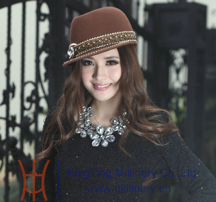 Free Shipping Fashion Elegant Ladies Winter Hat Women Hat Handmade Wool  Felt Hats Natural 100% Wool Made Two Colors Available-in Fedoras from  Apparel ... afe664b532d