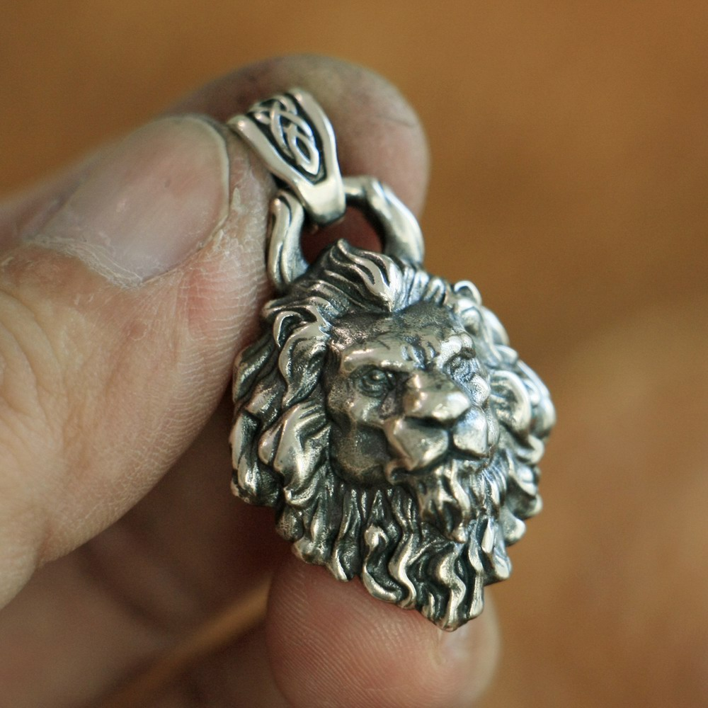 High Details 925 Sterling Silver King of Lion Pendant Mens Biker Pendant TA112A vixen return of lion
