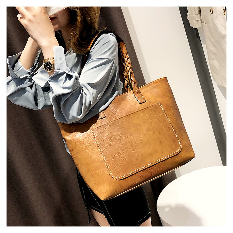 2018 Trapeze Women Shoulder Bag with Tassel PU Leather Luxury Designer Brand Ladies Handle Fashion Handbags Big Shopping Purses