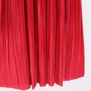 Image 4 - 2018 Yeni Kadın Moda Elastik Artı Boyutu Uzun Etekler Yüksek Bel Pilili Maxi Etek Saia Bling Metalik Ipek Kore Tutu etek