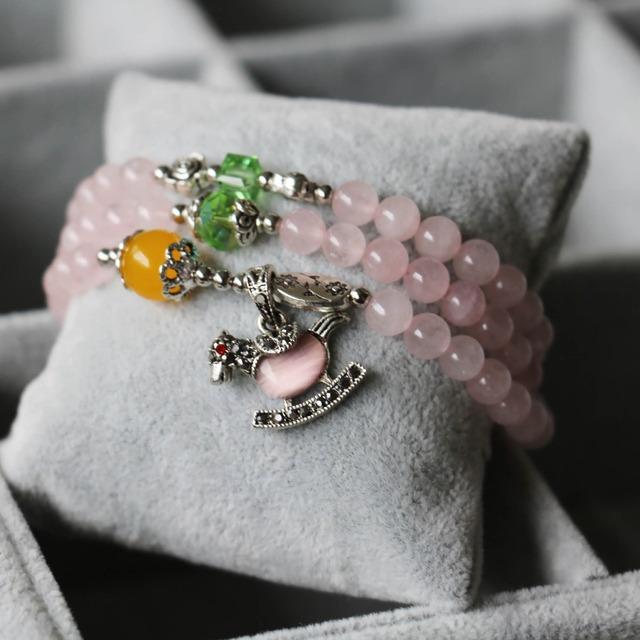 2015 nuevo 6 mm rosa ópalo brazalete de Jade caballo pequeño colgante de cristal verde de la joyería pulsera de cadena de múltiples capas collar de piedra Natural