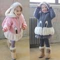 Горячая продают прекрасные Дети девушки зима симпатичные мультфильм кролик свитера кашемировые пальто куртка теплая детская одежда Дочь подарок на день рождения