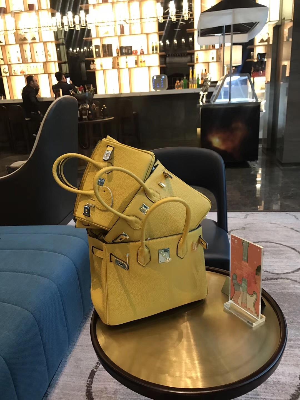 Véritable cuir jaune Messenger sacs femmes sac à bandoulière de luxe sacs à main femmes sacs Designer sacs de soirée Bolsa Feminina