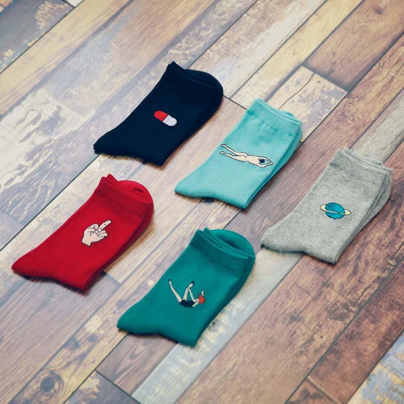 Sporty Style Cotton Short Funny Socks Women Breathable Cartoon Patterned Socks Female Casual Mid Finger Art Socks Hipster Sox