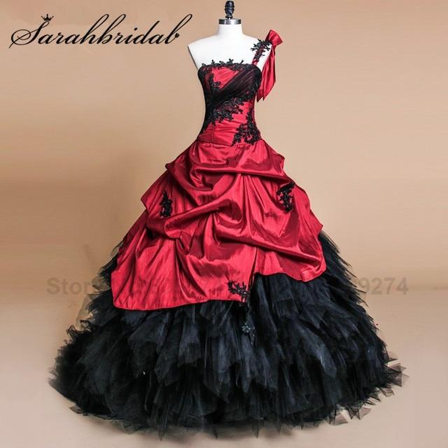 Burgundy Satin Quinceanera Dresses Black Vintage Lace Vestidos De 15