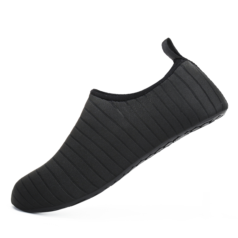 Soft Aqua Shoes Summer Shoes Men Beach Slippers Upstream Water Shoes Woman Adult Wading Sandals Diving Socks Tenis Masculino