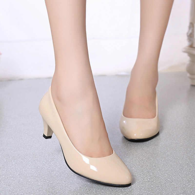 Four Seasons สิทธิบัตรหนังรองเท้าส้นสูงรองเท้าผู้หญิง Professional รองเท้าผู้หญิงตื้นปากรองเท้าสีขาวดำ Shoe34-4