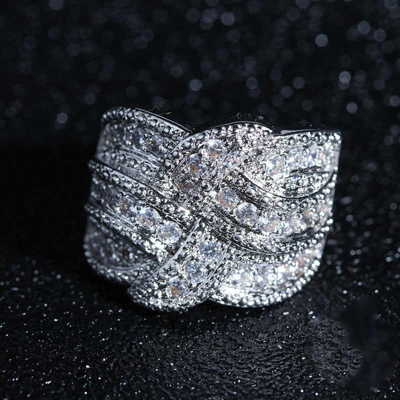 خواتم فاخرة كبيرة من الفضة الإسترليني عيار 925 مرصعة بحجر الزريكون تشيكوسلوفاكيا للنساء خواتم خطوبة زفاف أنيقة ومموجة