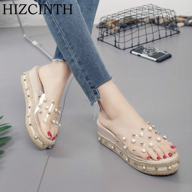 0c9e9e58d4392 HIZCINTH 2018 Summer Slippers Thick Bottom Platform Sandals Water Drill  Pearl Woman Slipper Transparent Flip Flops Beach Slides